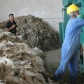 130928114953_afghanistan_first_wool_factory_624x351_rezakhalili