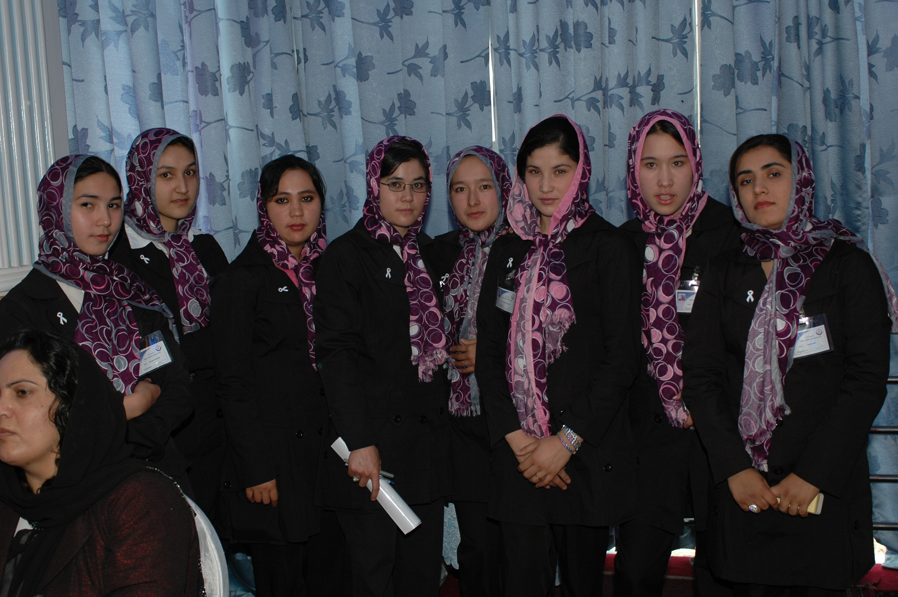 Afghan_women_in_May_2010