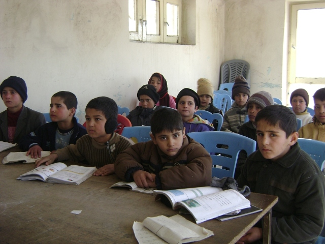 Students at the Karwan Elm Center - 3